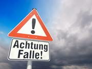 """Verkehrsschild """"Achtung Falle!"""""""