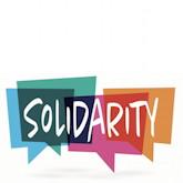 """Auf bunten Sprechblasen steht """"Solidarity"""""""