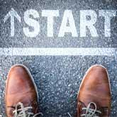 Schuhe an Startlinie