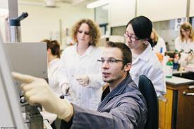 Packstoffanalyse im Labor