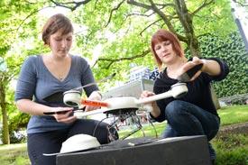 Drohne wird vor dem Start präpariert
