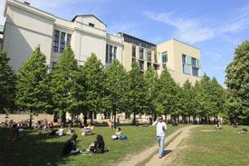 Humboldt-Universität zu Berlin, Seminargebäude am Hegelplatz