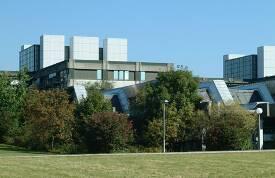 Außenansicht der Teilbibliothek Chemie an der TU München.