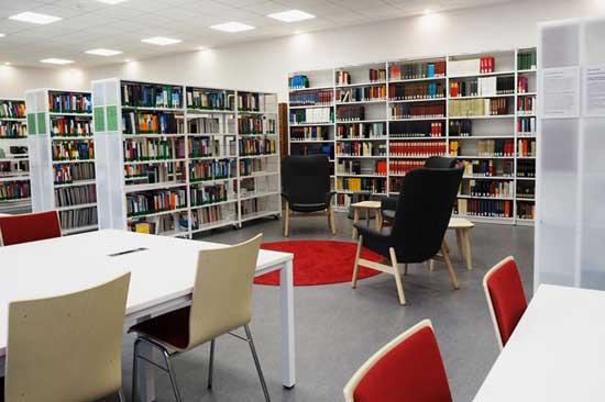Die Bibliothek der PTHV