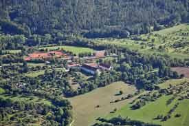 Luftbildaufnahme der Hochschule für Forstwirtschaft Rottenburg