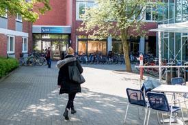 Eingangsbereich - Hochschule Bremen
