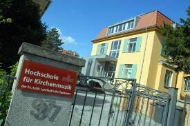 Eingang zur HfKD.