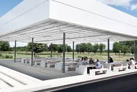 Mensa-Außenbereich der Hochschule Neu-Ulm