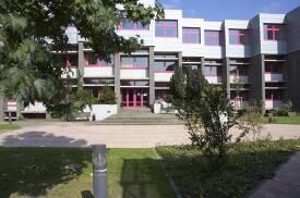 Unterrichtsgebäude der Robert Schumann Hochschule.