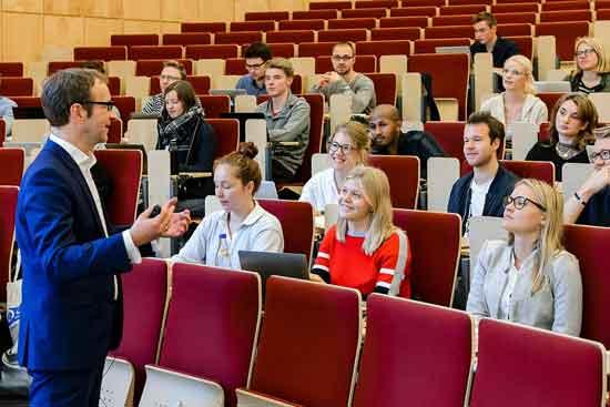 Eine Vorlesung an der Bucerius Law School