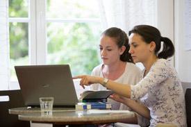 Studierende an der Fliedner Fachhochschule Düsseldorf