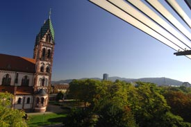 Blick auf Stühlinger Kirche