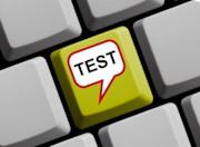 Taste Test (in Sprechblase) auf Computer-Tastatur