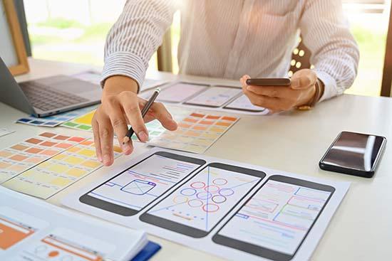 Entwurf auf Papier für ein SmartPhone-Interface