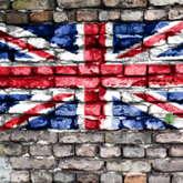 Britische Flagge de auf eine Mauerwand gezeichnet wurde.