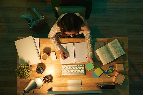Aufbau Und Layout Einer Wissenschaftlichen Arbeit Studis Online