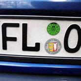 Autokennzeichen FL - O